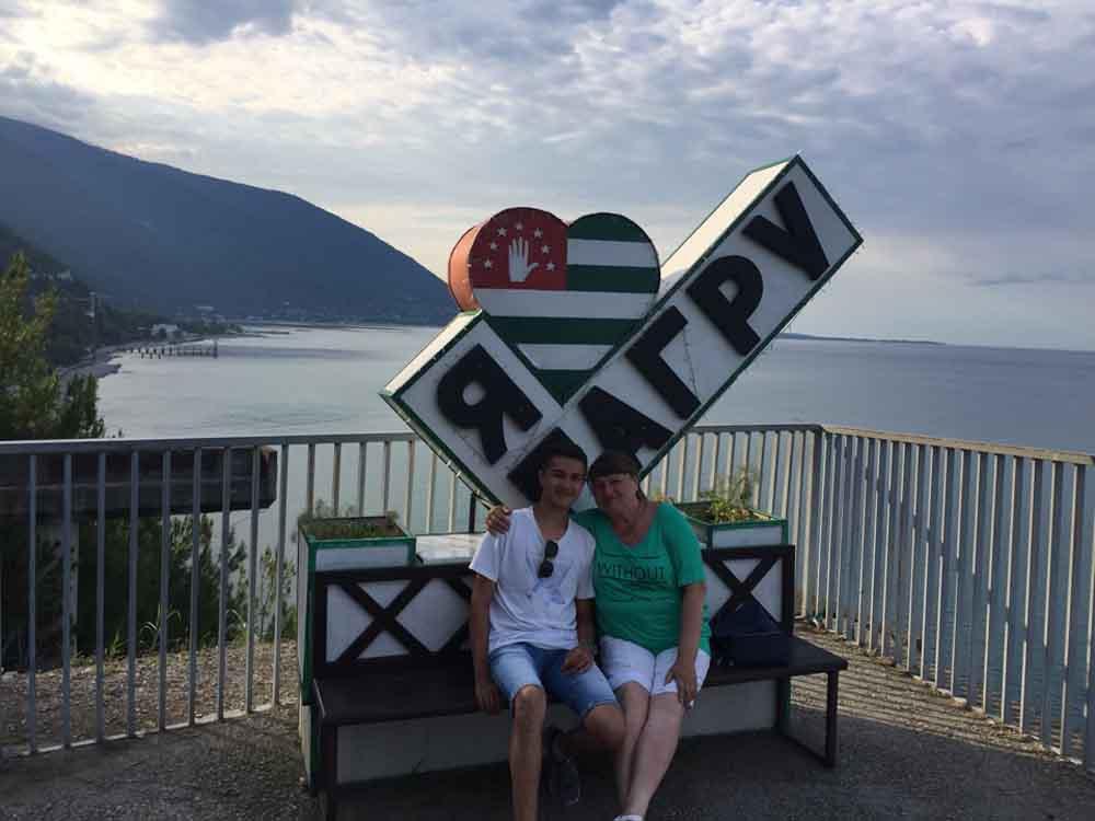 Экскурсии в Абхазию из Адлера с описанием, ценами и фото. 20.08.2018